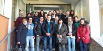 Gruppe der SuS Eltern und Vorgesetzten mit betreuenden Lehrern
